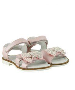 Детски сандали в розово от естествена кожа декорирани с перли