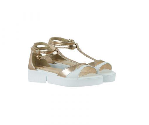 Дамски сандали в бяло и розова огледална кожа