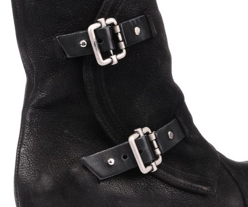 Дамски боти от естествен набук в черно с моден финиш KEY20