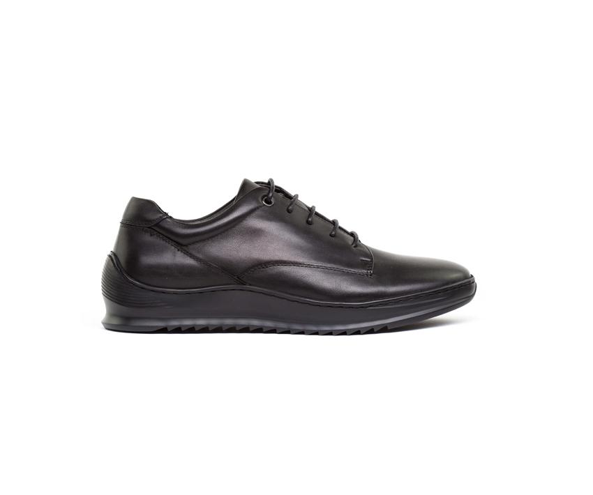 Ежедневни мъжки обувки MARTIN в черно 2083