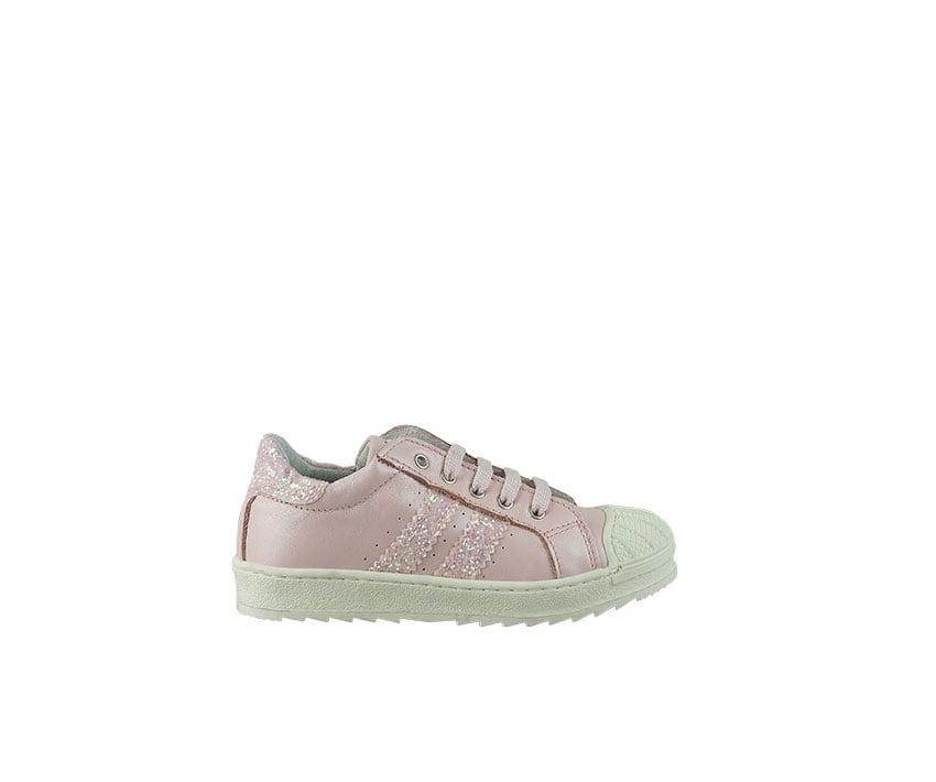 Детски спортни обувки от естествена кожа в светло розово декорирани с брокат (размер: 24-26)