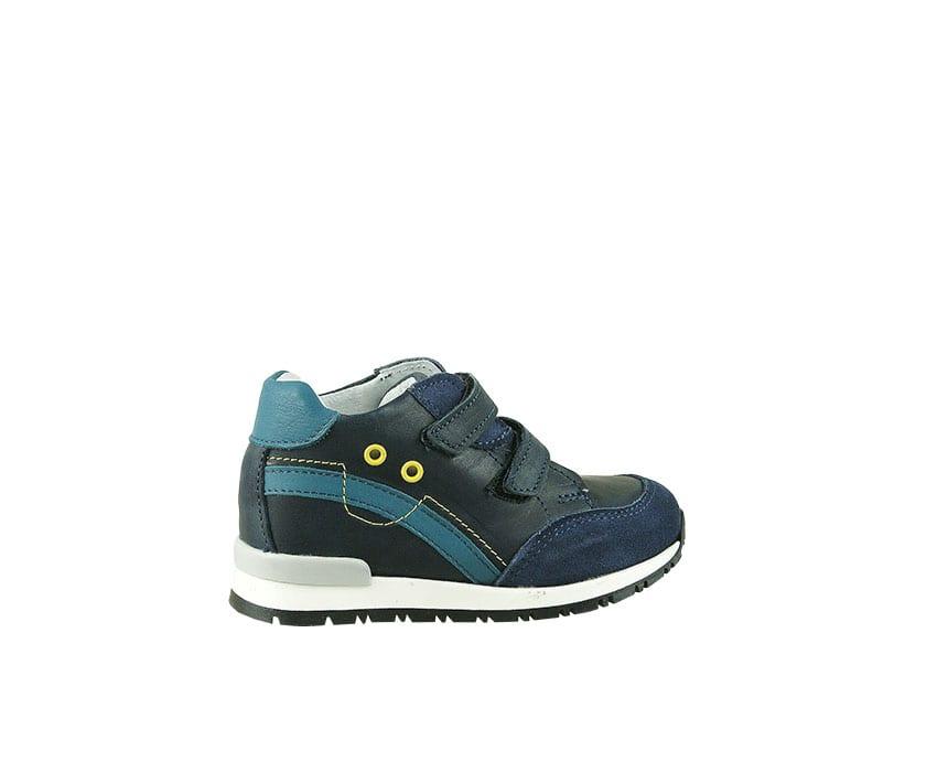 Детски спортни обувки от естествена кожа в син цвят с велкро закопчаване (размер: 18-23)