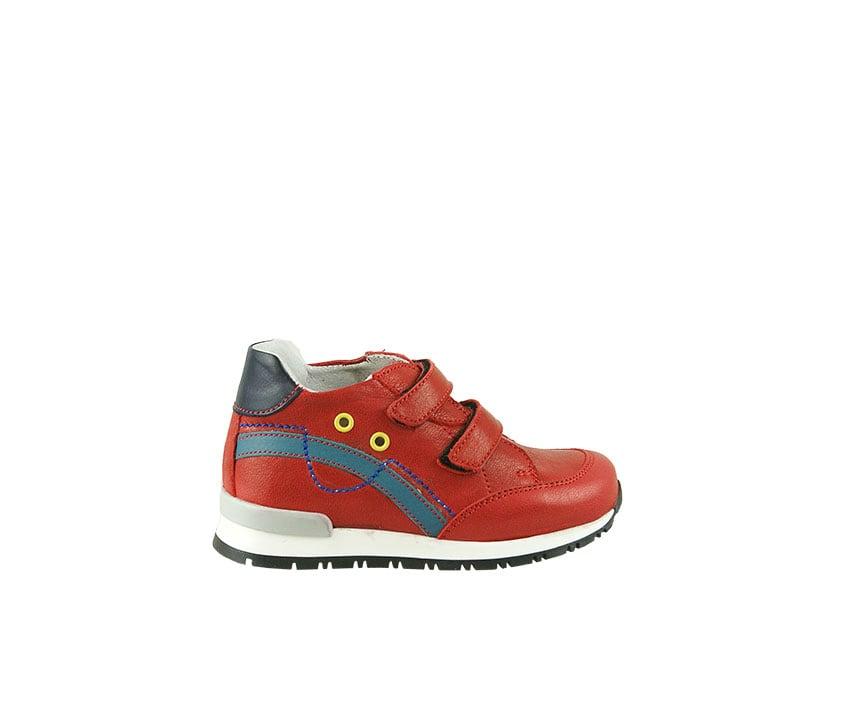 Детски спортни обувки от естествена кожа в червено и синьо с велкро закопчаване (размер: 18-23)