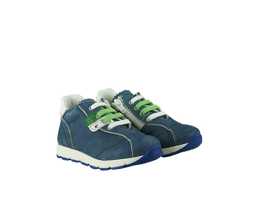 Детски спортни обувки от естествен велур в син цвят