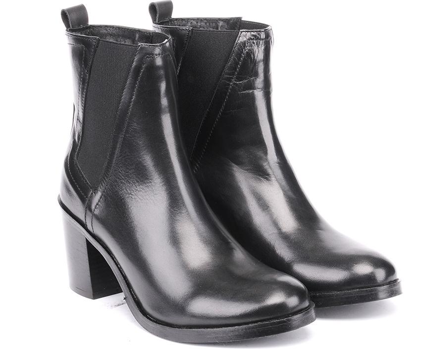 Елегантни дамски боти от черна естествена кожа на ток ST/33