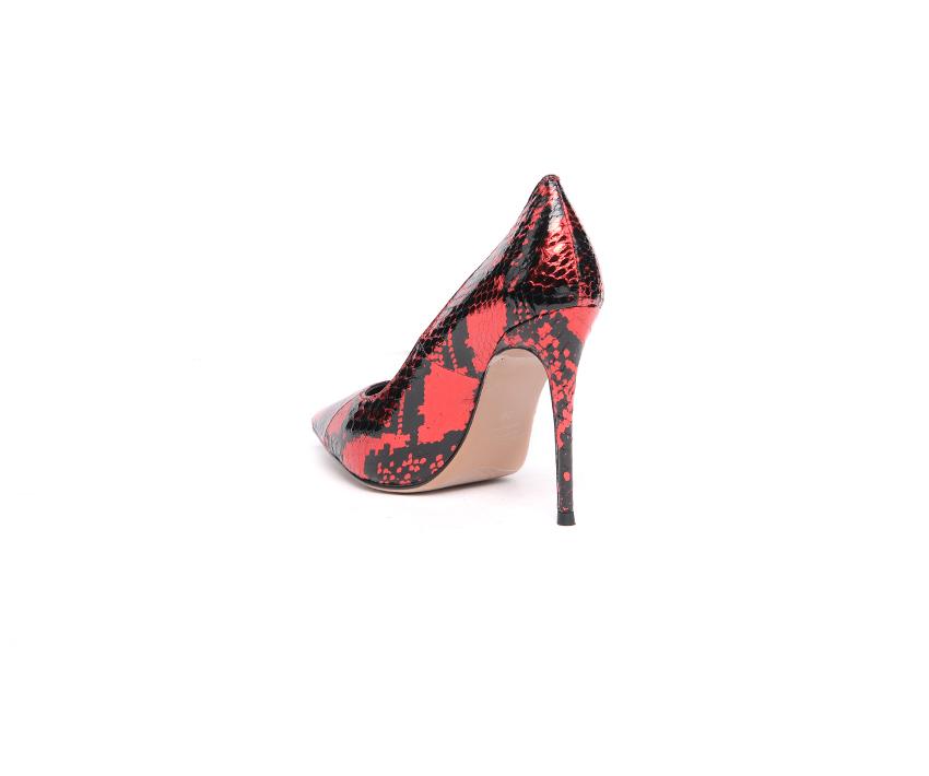Елегантни дамски обувки на висок ток в черно и червено
