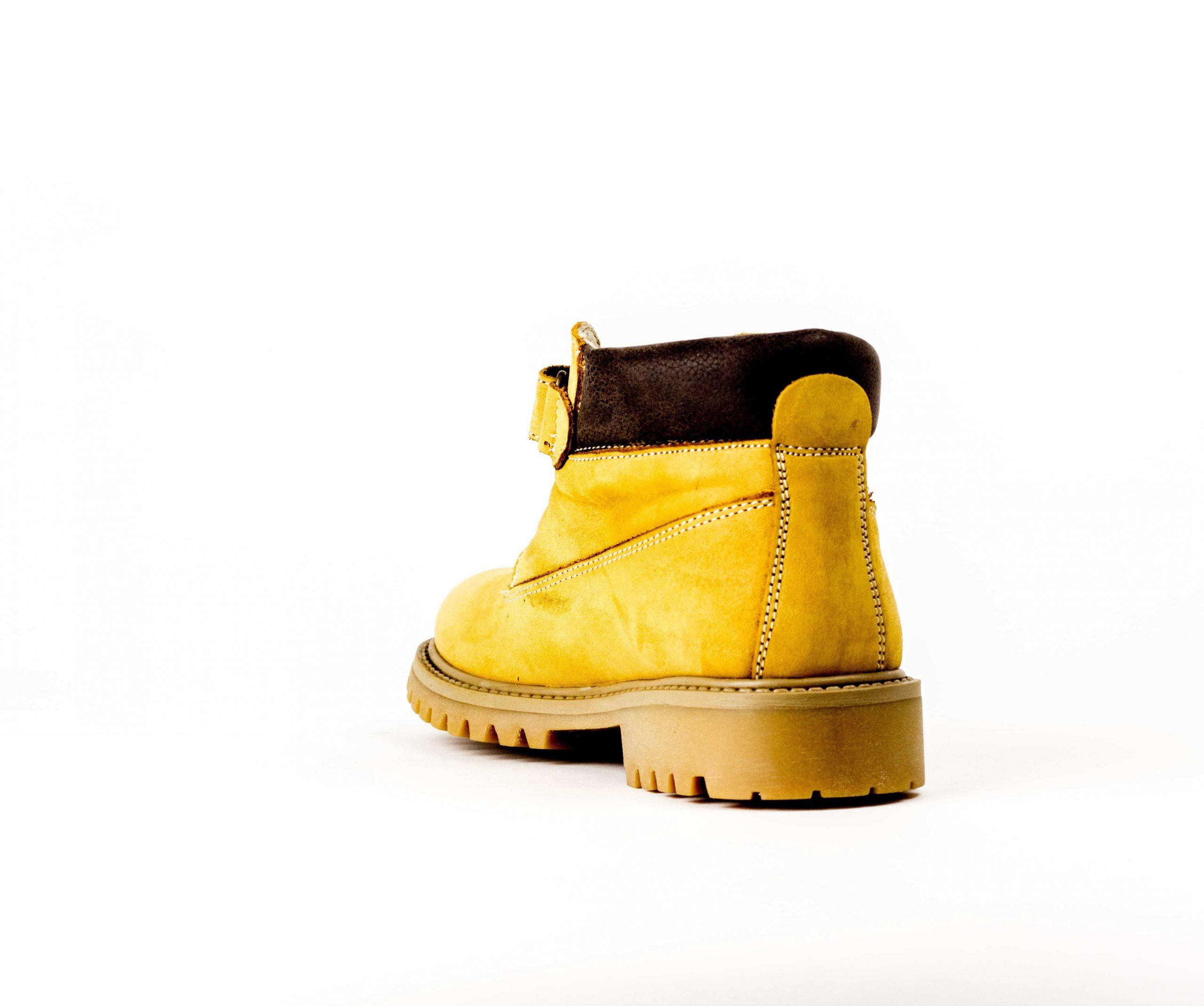 Юношески боти от естествен набук в жълто и кафяво